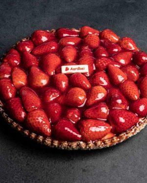 Verse-aardbeien-krokantebodem